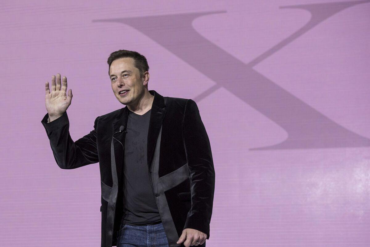 Fired Tesla Workers Still Love Elon Musk