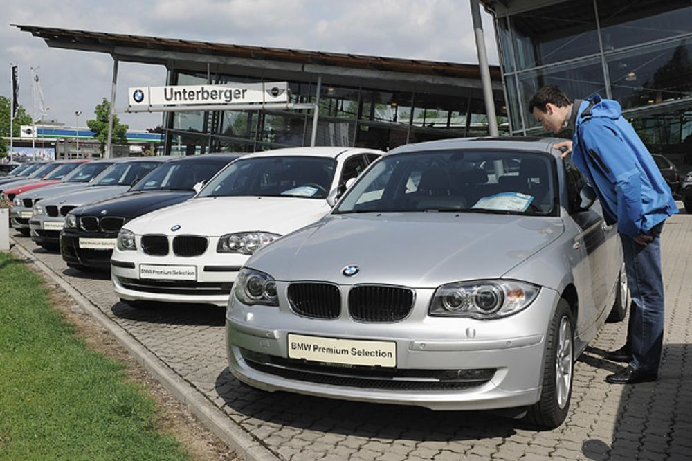 Why Germany's Used-Car Salesmen Are Busier - Bloomberg