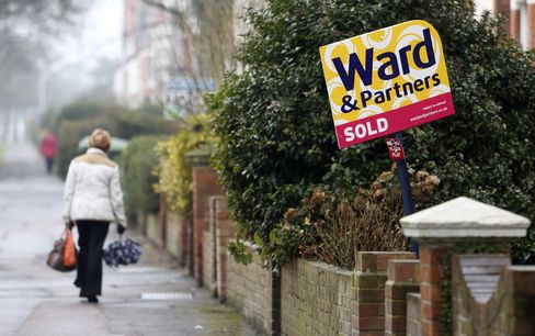 U.K. Home Asking Prices Increase 2.1% to Record,