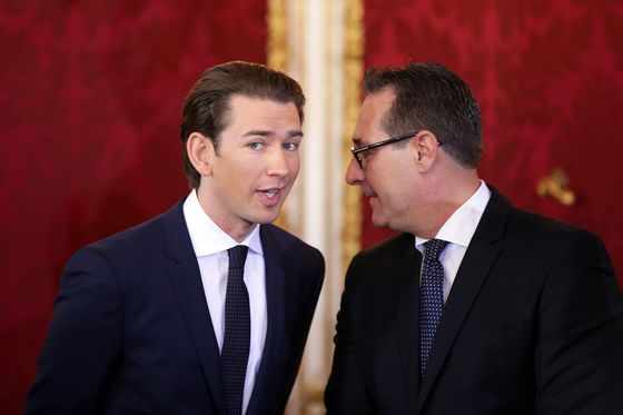 Kurz Seals Historic Pact With Austria's Greens for Second Term