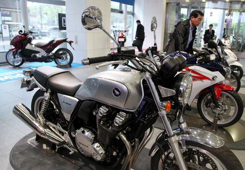 Honda Models Test Hero Ahead of Festive Sales
