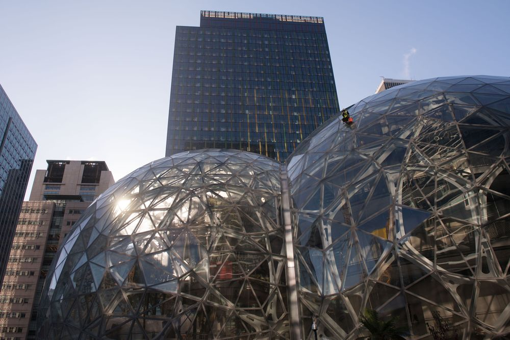 Amazon Is Adding Even More Office Space In Seattle Bloomberg
