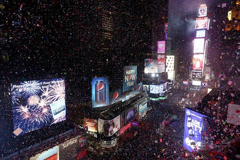 A Chain-Restaurant New Year's in Times Square for Big Spenders