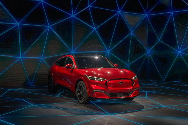 Imagen de un coche rojo