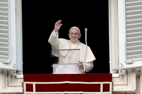 Pope Francis Replaces Vatican Bank Board