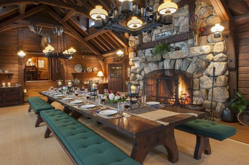 The dining room in the main lodge.