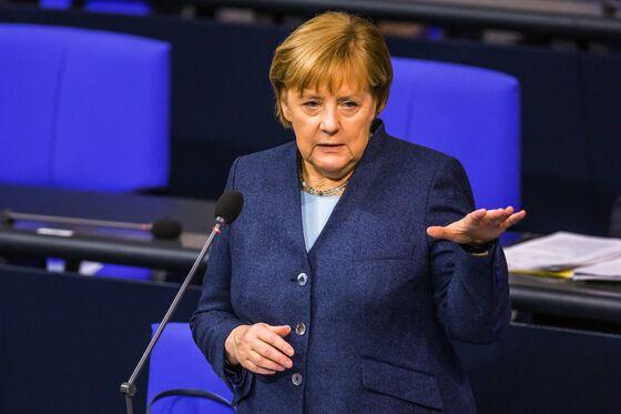 Merkel Seeks Longer, Tighter Lockdown in German Pandemic Setback