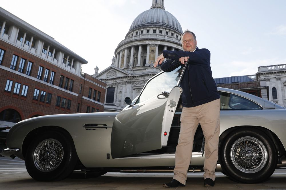 Aston Martin Ipo Attracts Short Sellers Bloomberg