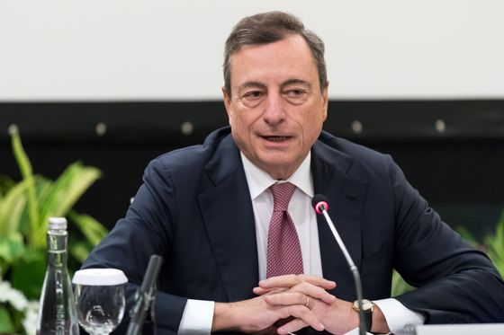Draghi Says Key Global Risk Is Sudden Jump in Interest Rates