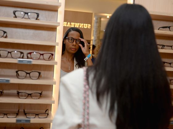Online Pioneer Warby Parker Bets Future on Adding Hundreds ofStores