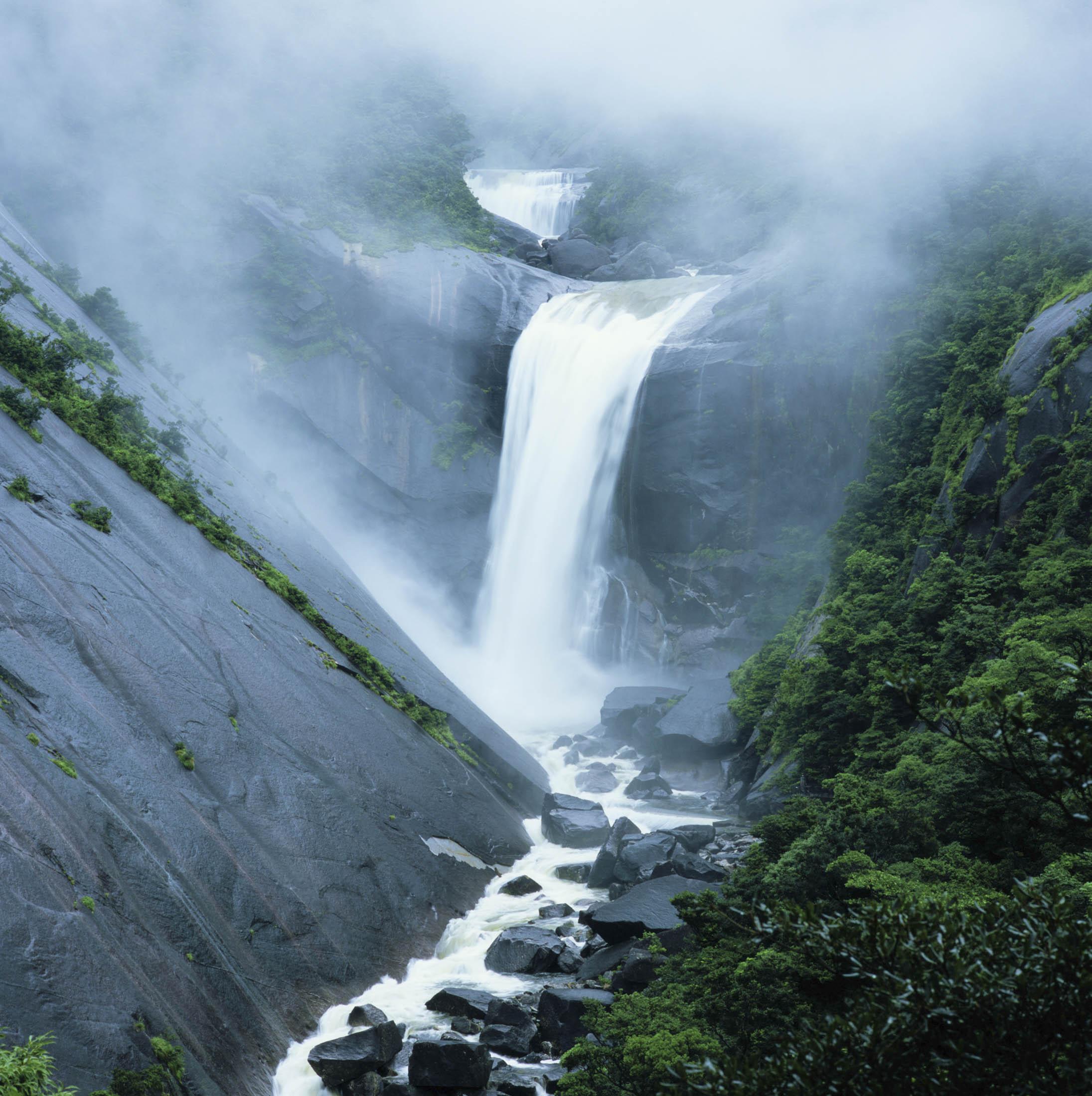 Senpiro Falls, Yakushima