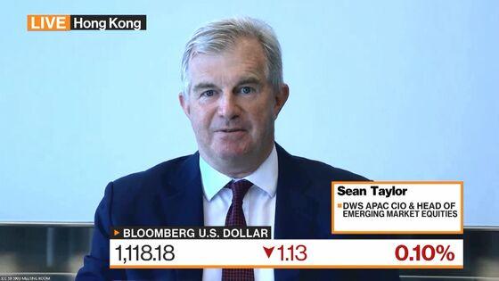Three-Decade Bond Veteran Warns Against Big Bets on Inflation