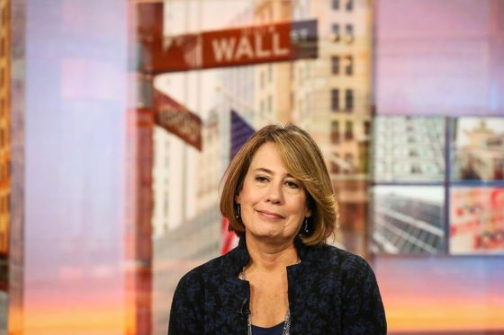 Sheila Bair Says Don't Buy Bitcoin, It's at 'Nosebleed Levels'