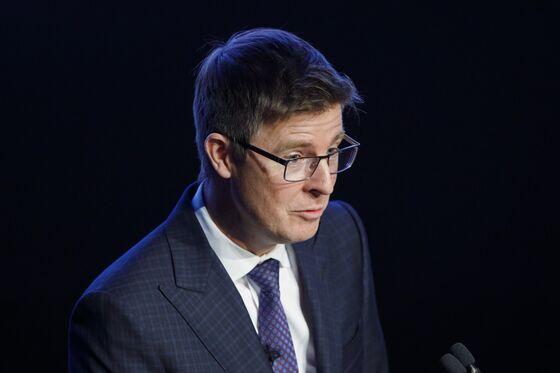 Canada's Billionaire Westons Reshuffle Empire, Tighten Control