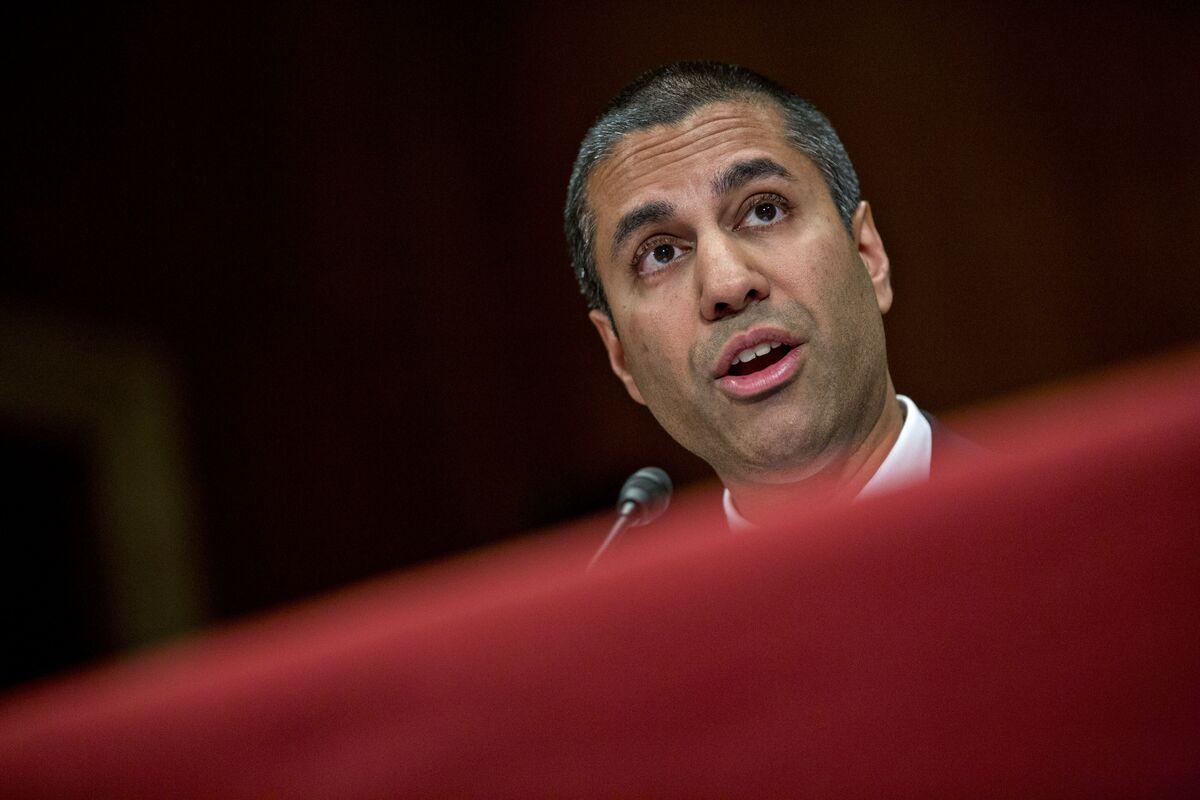 FCC Plans December Vote to Kill Net Neutrality Rules