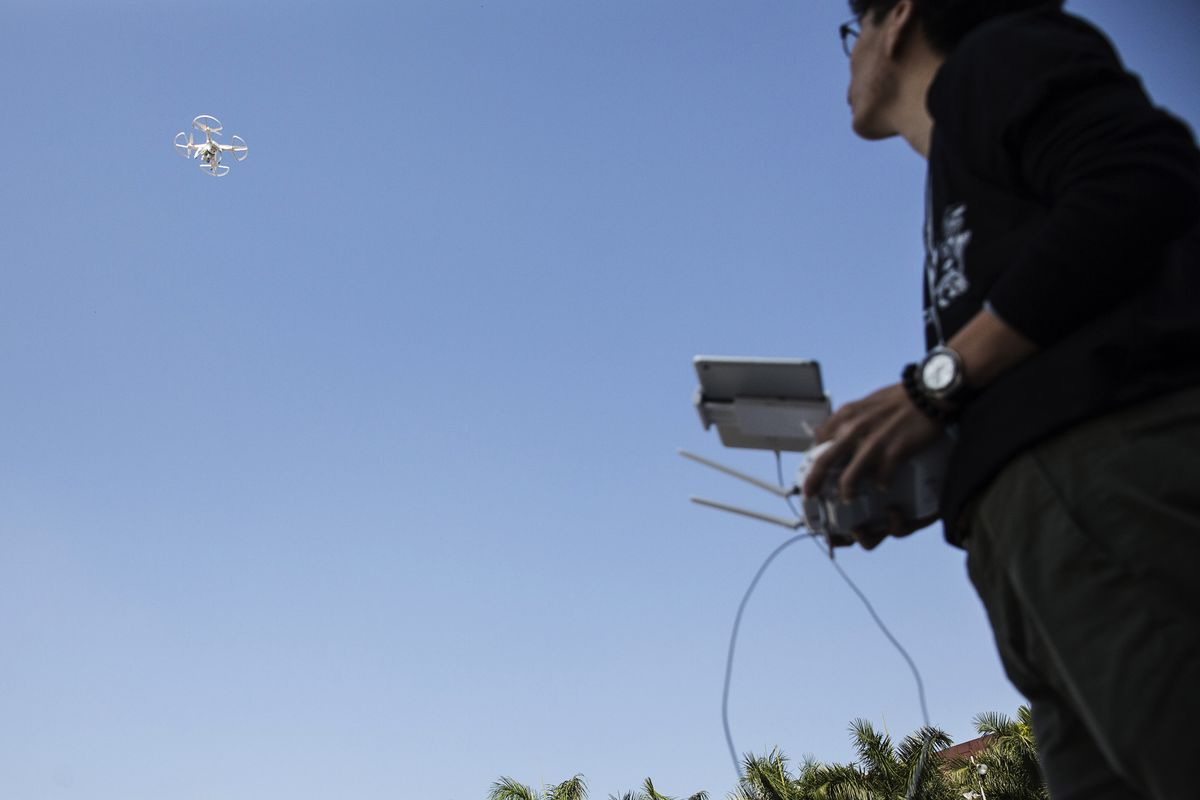 Drone Pilots' $2,000 Paydays Drop 90% in 'Race to the Bottom'