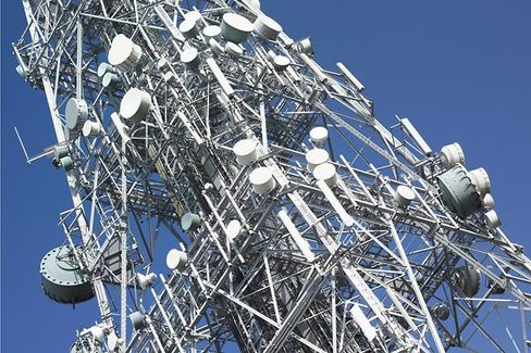 What AT&T???s $5 Billion Cellular Tower Selloff Says About Strategic Assets