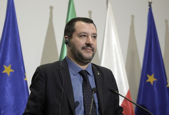 Italian Populists Fight Over Tax-Cut Plan That May Well Fail