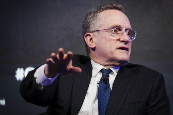 Oaktree's Howard Marks Questions Ocasio-Cortez's 'Punitive'Tax Proposal