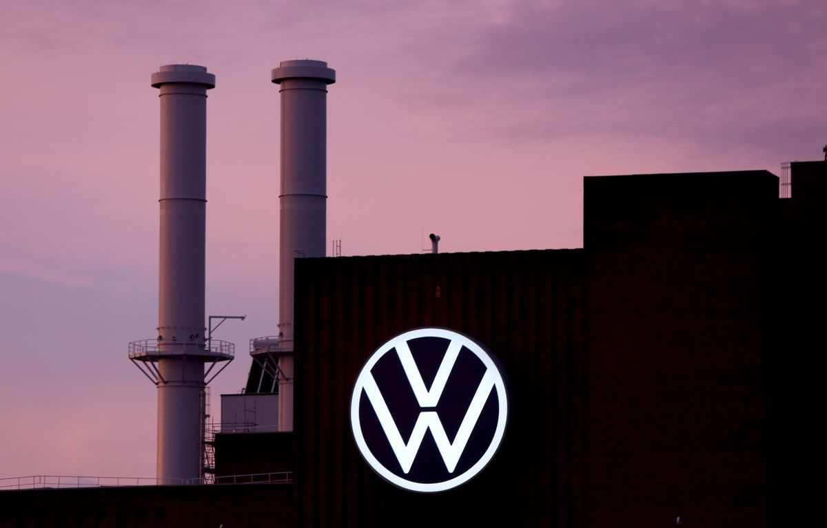 VW Scales Back Job Cuts in Labor Deal for German Truck Brand MAN