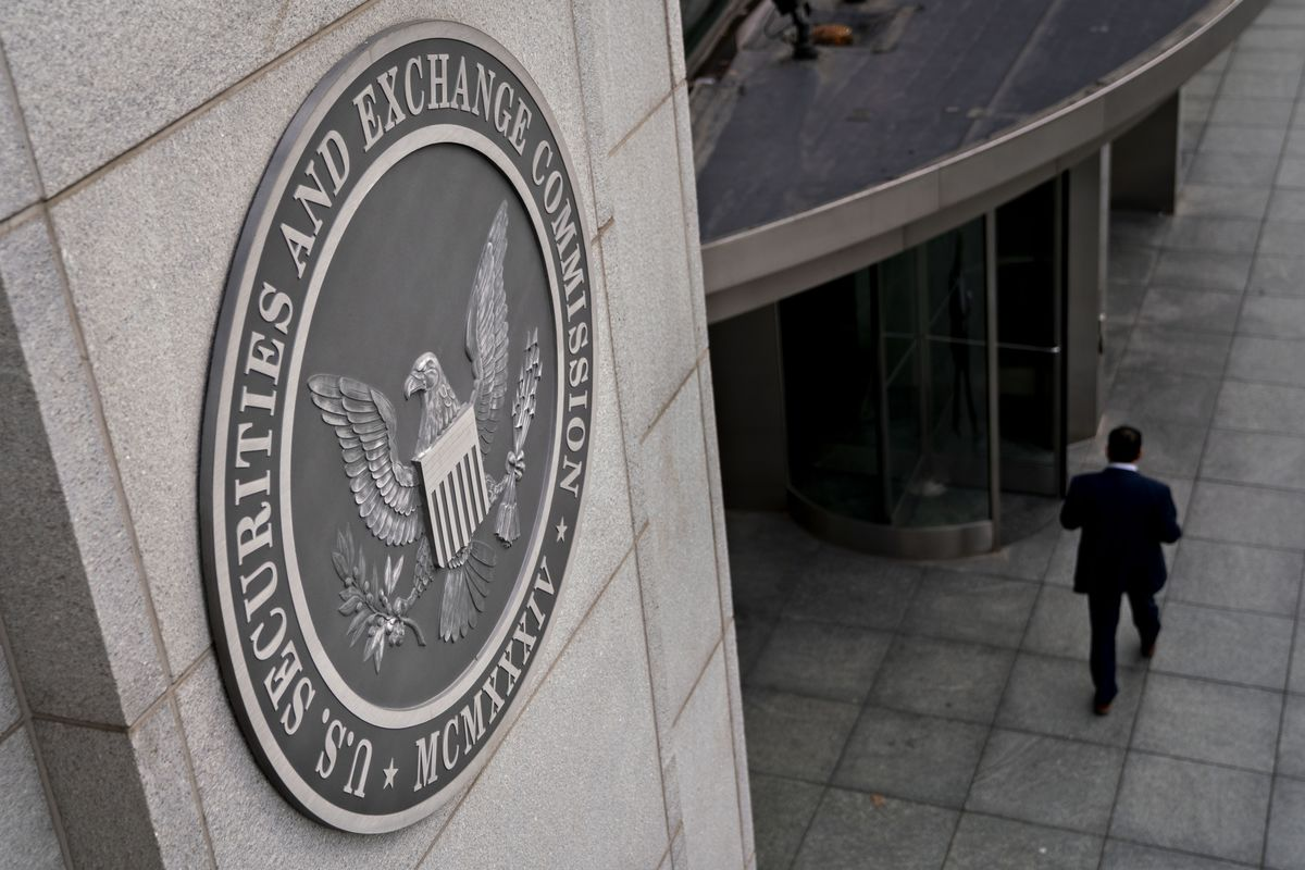SEC Says It's Probing Market Mania for Potential Misconduct