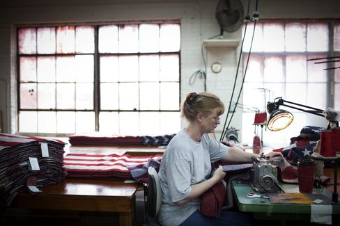 Made in China Not Worth Hassle for Small Firms Returning to U.S.