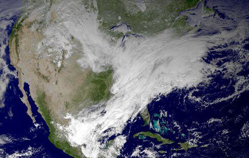 Massive Snowstorm Covers the U.S.