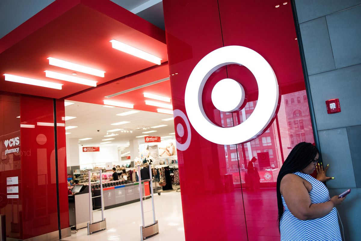 Target Deal Days to Battle Against Tech Glitch, Weather in Earnings