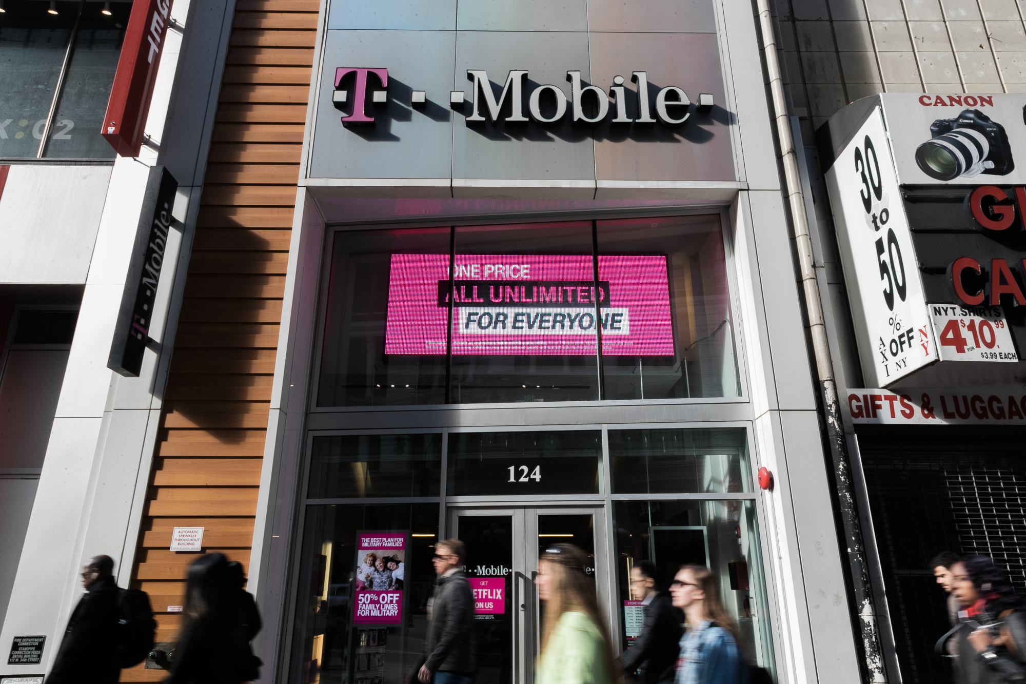bloomberg.com - Nabila Ahmed - T-Mobile and Sprint Plan Concessions to Get Their $26.5 Billion Merger Cleared