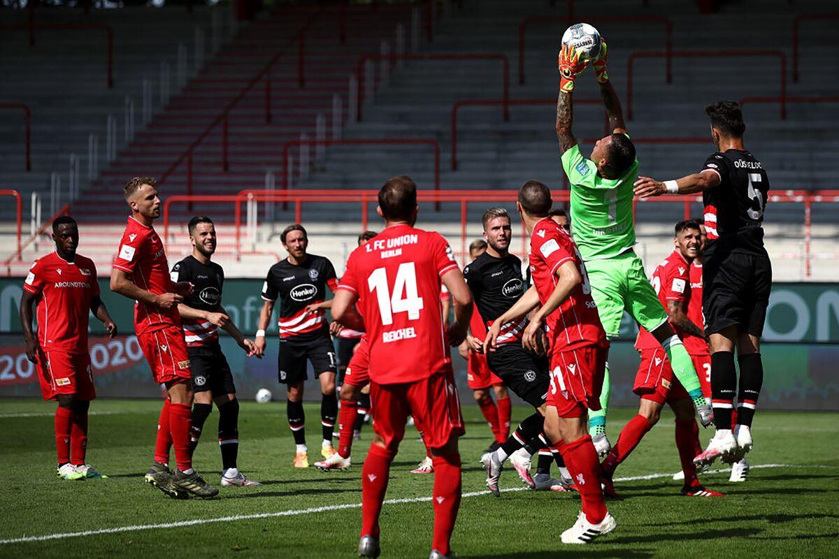 German Club Plans Mass Virus Testing to Fill Stadium Again