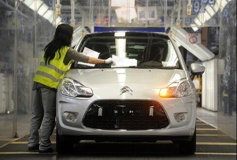 PSA Peugeot Citroen Factory in Aulnay