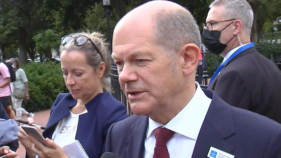 Scholz Vows He'll Be Chancellor by Year-End to Push Green Energy