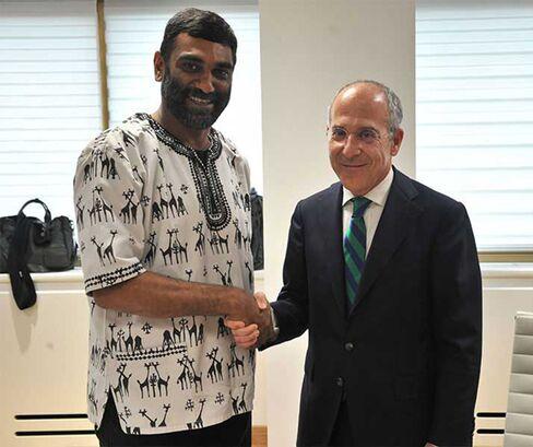 Kumi Naidoo and Francesco Starace
