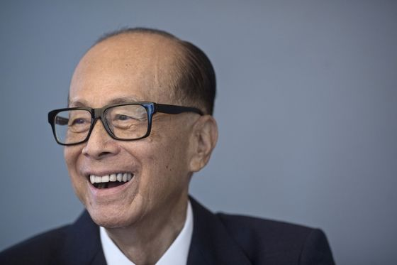 Eight Asian Billionaires Aged Over 90 Control $125 Billion