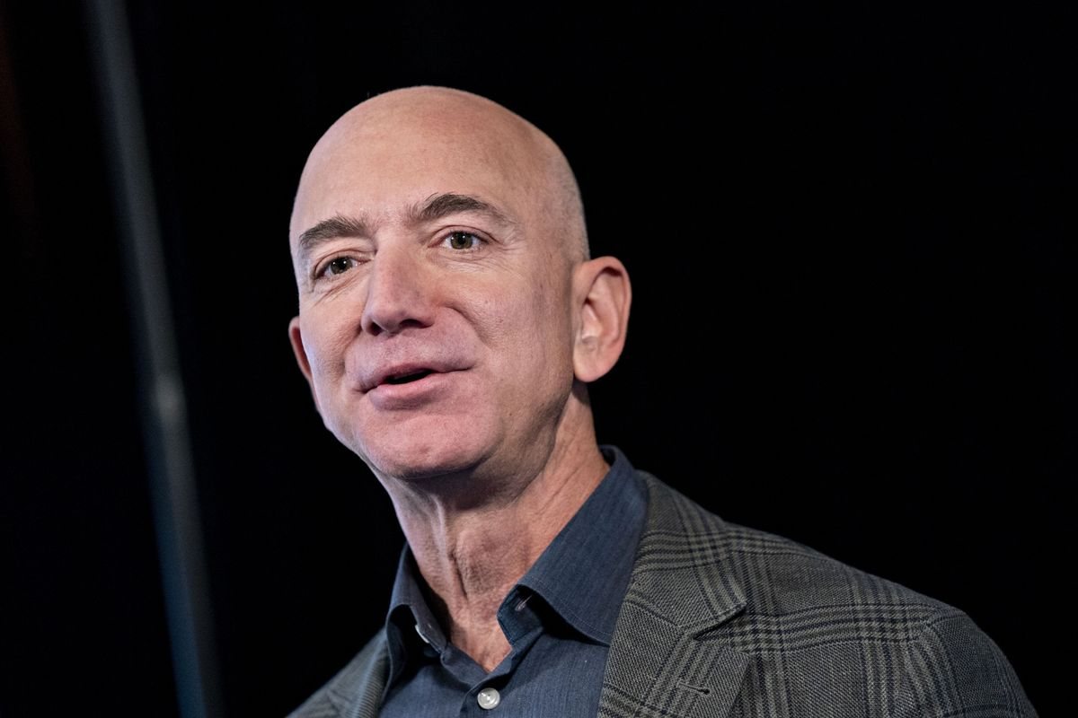 Jeff Bezos's Sales of Amazon Stock Reach $3.45 Billion in a Week