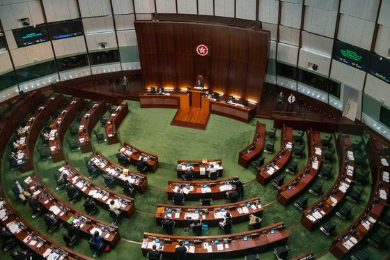 Xi Challenges Biden With Move to Snuff Out Hong Kong Dissent
