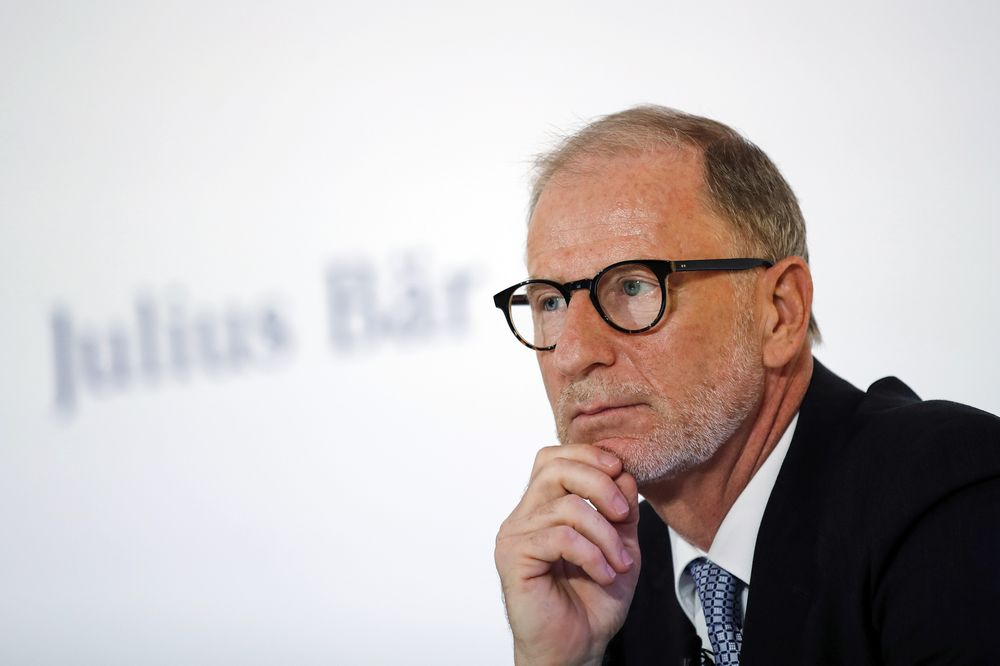 Julius Baer Kicks Off Succession Talks For Ceo Bernhard