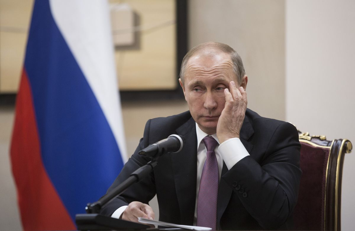 Watch What Putin Does to His Top Prosecutor