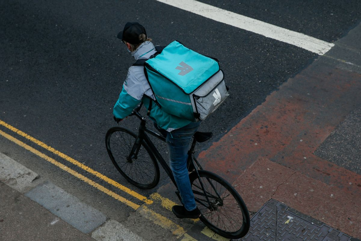 Amazon, Deliveroo Partner to Offer Prime Members Free Delivery