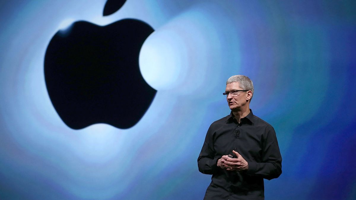 Tim Cook: 'I'm Proud to Be Gay'