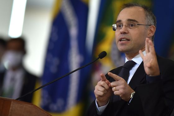 Bolsonaro Appoints Evangelical Pastor to Supreme Court
