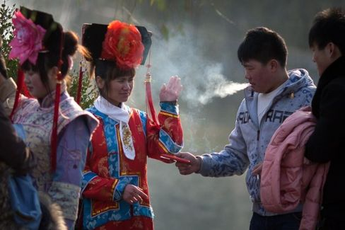 China's Kids Get Exposed to Cigarette Smoke at Middle School, National Survey Finds