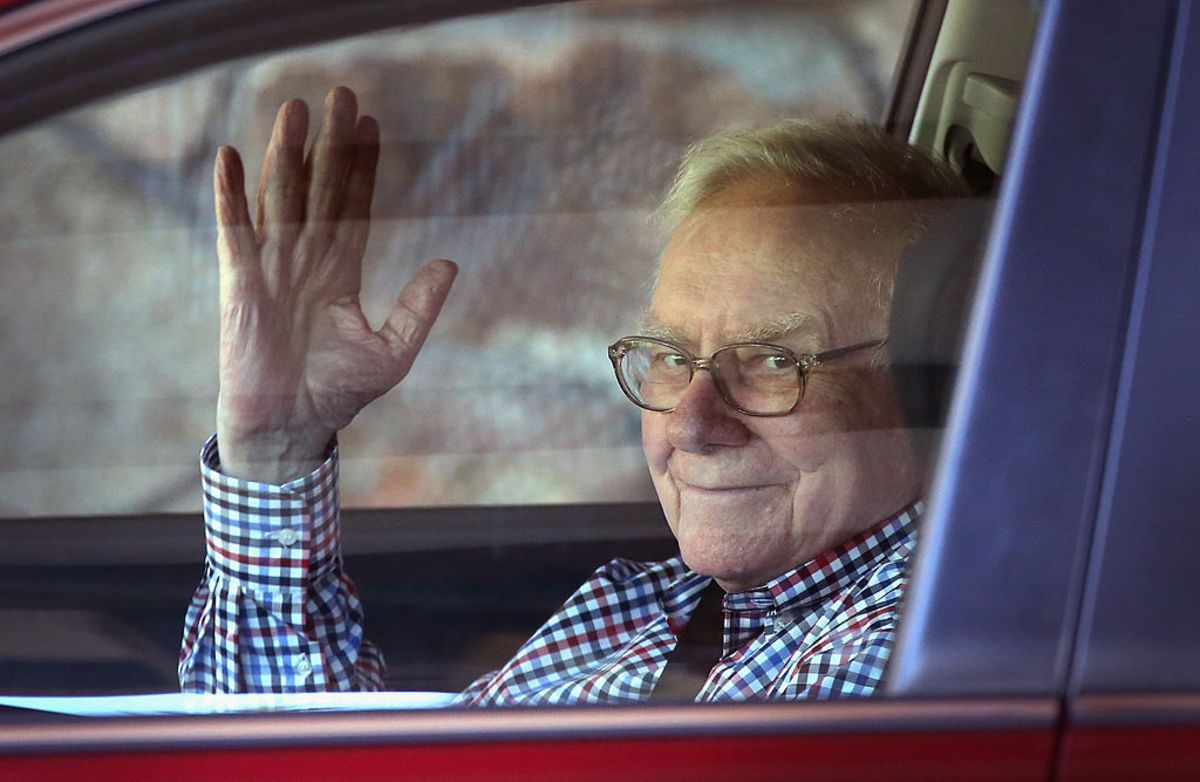 Buffett's Heading to LA in Rare Switch-Up for Annual Meeting