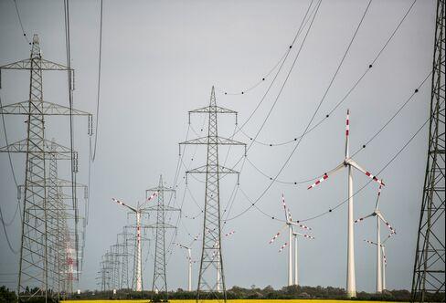 Hackers Find Open Back Door to Power Grid With Renewables