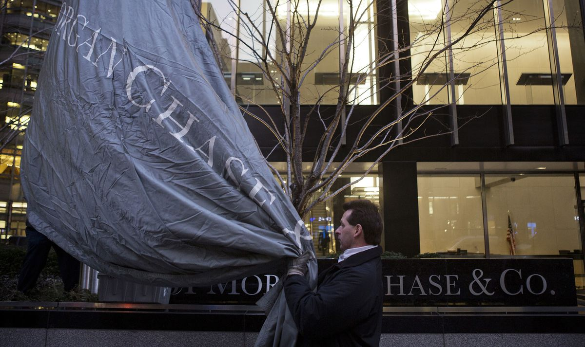 Jpmorgan S Trading Revenue Is On Pace To Jump Pinto Says