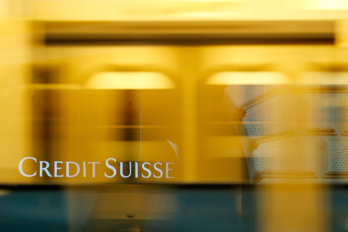 Credit Suisse to Charge Wealthy for Swiss Franc Holdings