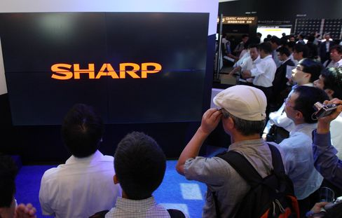 Sharp Said to Consider Seeking Investment From Buyout Funds