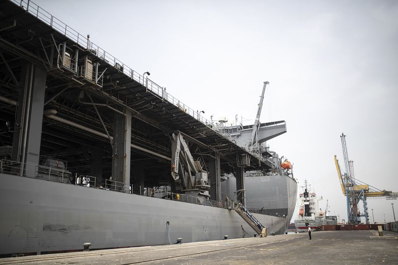 relates to U.S. Navy Ship Arrives in Nigeria to Back Anti-Piracy Push