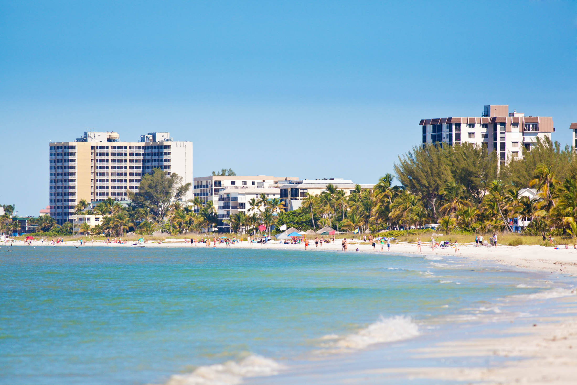 Fort Meyers Beach of Florida with Resort Hotels and Toruist