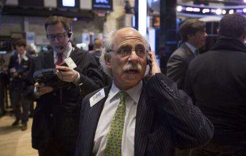 U.S. Stock Futures Plunge as Job Data Trail Economist Estimates